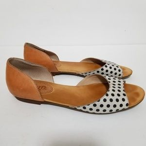 Latigo size 9 mollee leather flats